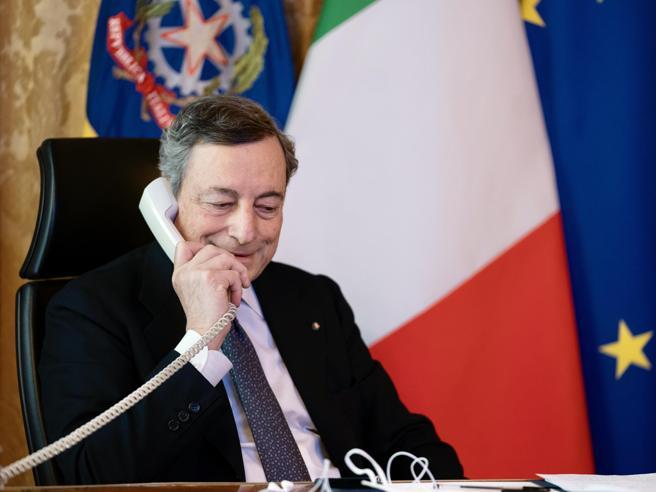 AstraZeneca, la linea di Draghi: non si può scusare chi non rispetta i contratti