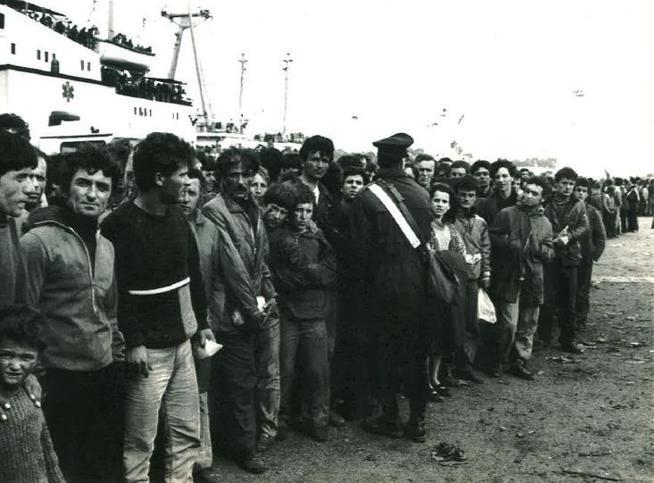 L'esodo dall'Albania trent'anni dopo Pjetrin Gjoni oggi è medico anti Covid