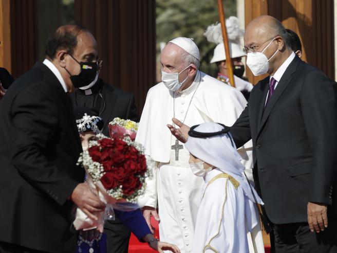 Papa Francesco a Bagdad: «Un dovere verso una terra martoriata»