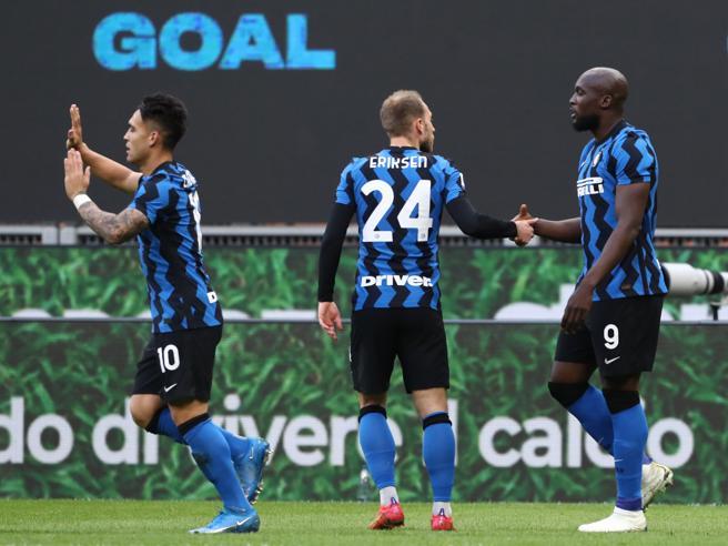 Inter-Sassuolo 2-1, pagelle: Lukaku totalizzante, Hakimi involuto; Djuricic anarchico