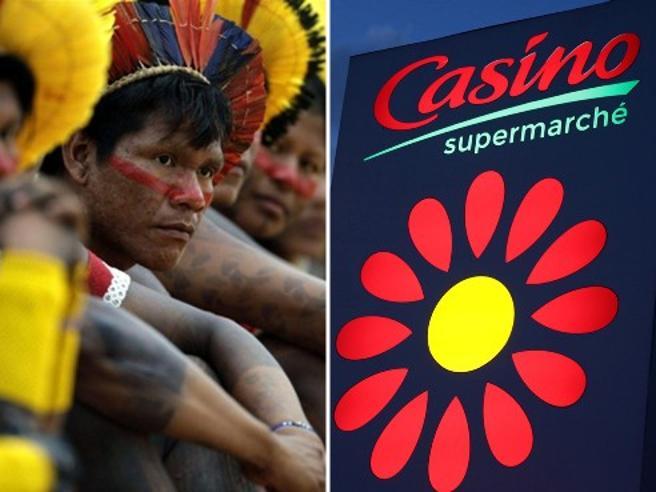 Amazzonia, indios fanno causa a catena di supermercati francese: «Colpevole della deforestazione»