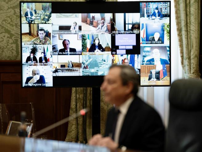 Draghi alle Regioni: «Vinceremo la battaglia del Covid con un sincero rapporto collaborazione»
