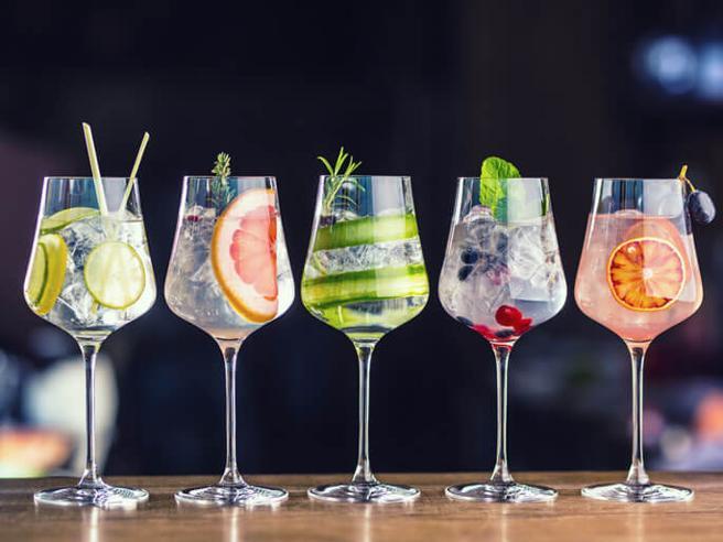 Il Gin Tonic perfetto: trucchi e storia del cocktail più amato