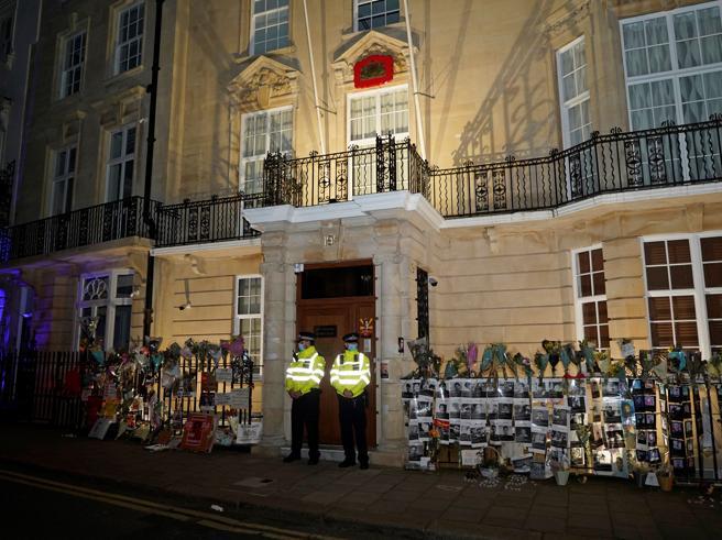 Myanmar, occupata dai militari l'ambasciata a Londra