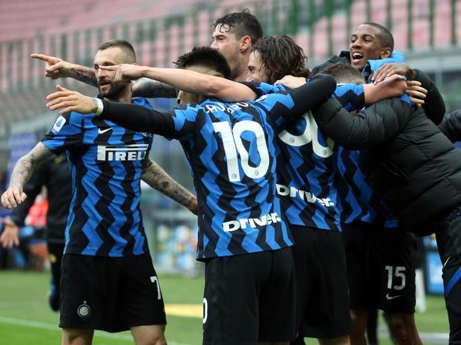 Inter, Sconcerti: nerazzurri senza rivali, Milan non pronto. Inseguire il quarto posto non fa crescere la A