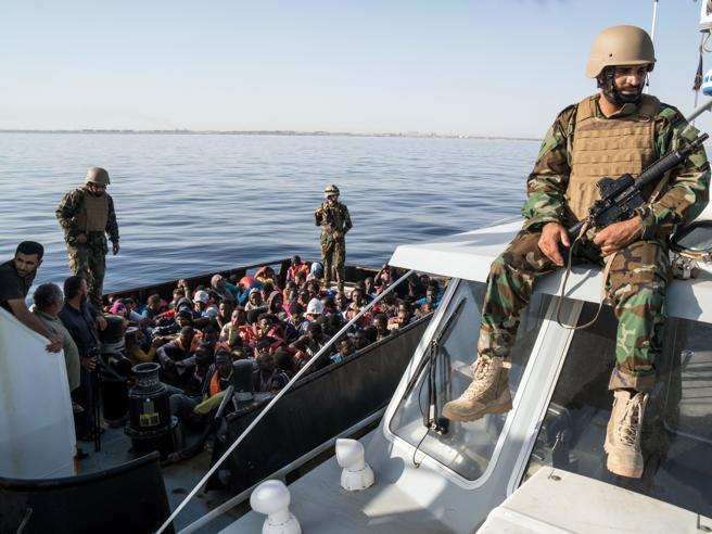 «Nessun crimine contro i migrantidai guardacoste addestrati da noi»