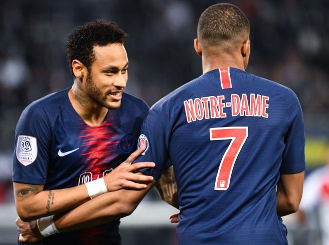Psg-Bayern: Neymar e Mbappè, quelle stelle, di fisico e qualità, che noi restiamo a guardare