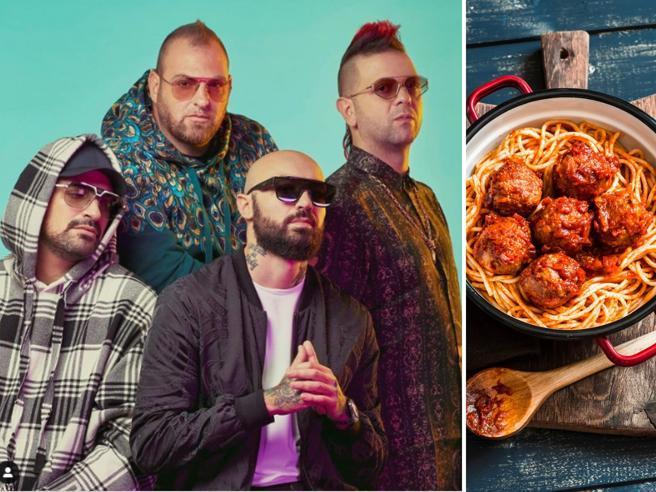 Boomdabash: «Polpette della nonna, turcinieddi, ciceri e tria: la cucina per noi è un rito»