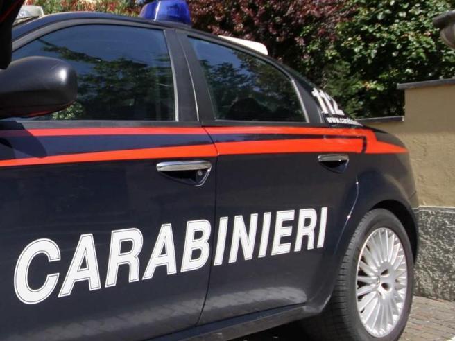 """Donna di 40 anni muore dopo l'asportazione di un neo in un agriturismo: arrestati medico e """"santone"""""""
