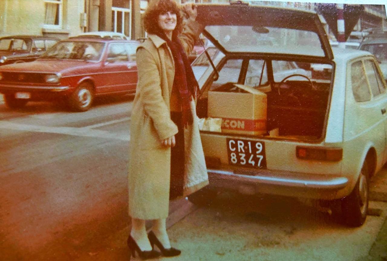 La Fiat 127 nocciola di Beppe Severgnini a Bruxelles nel 1979, con Joanna