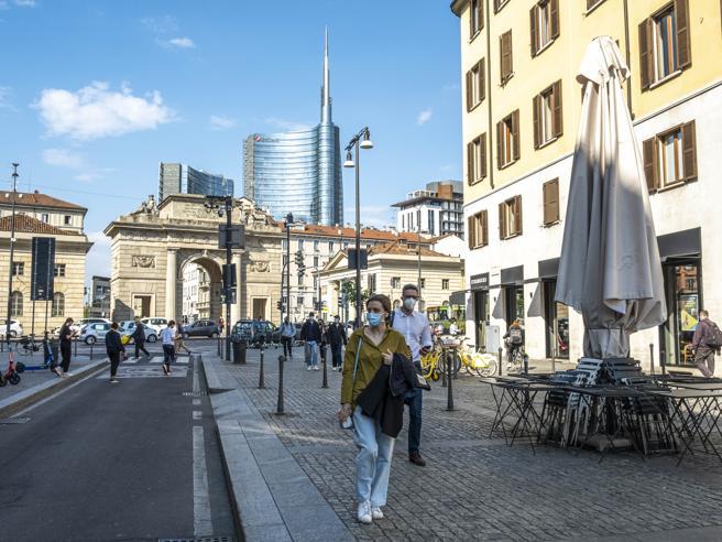 Lombardia, Lazio e Toscana verso la zona gialla: i nuovi colori delle regioni da lunedìCarta verde per ...