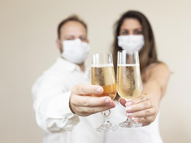 Si possono bere alcolici dopo aver fatto il vaccino contro Covid-19?