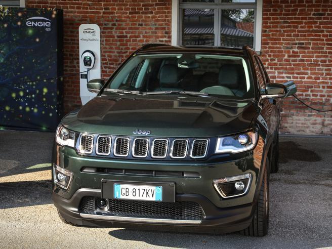 Cambiare auto, quale scelgo? Benzina, Diesel, gas, ibride o elettrica?