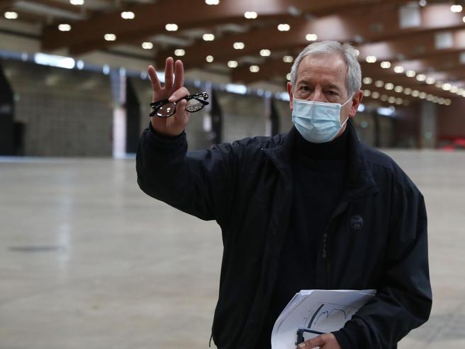Bertolaso: «La locomotiva sui vaccini adesso è la Lombardia. Roma? Cerchino un altro»