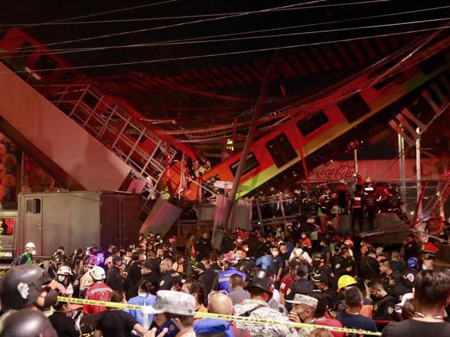 Città del Messico, crolla ponte della metropolitana: almeno 20 morti