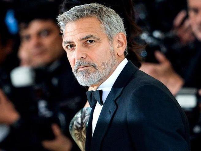 George Clooney compie 60 anni: il provino (fallito) per «Thelma & Louise», la storia d'amore con Elisabetta Canalis e gli altri 15 segreti su di lui