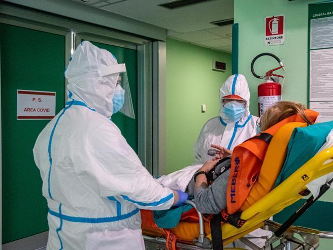 Covid, tsunami per i malati di cancro È urgente uscire dall'emergenza