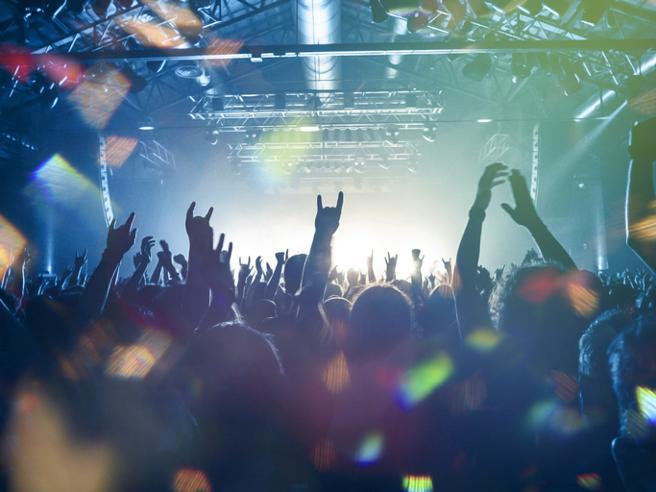 Voucher per vacanze, palestre, concerti: rimborsi e durata. Le novità nel decreto Sostegni