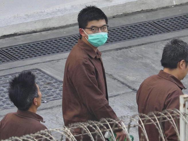 Hong Kong, arrestato Joshua Wong: ricordava la strage di Tienanmen