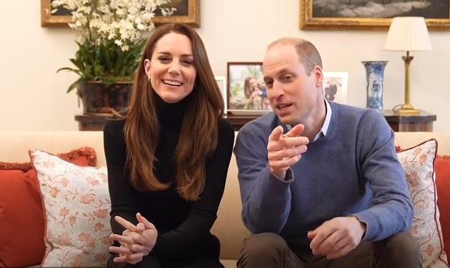 William e Kate Middleton debuttano su Youtube. «Attenta a quello che dici, questi filmano tutto»