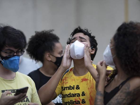 Rio de Janeiro, massacro nella favela. Nel raid anti-narcos almeno 25 morti «È stata un'esecuzione»