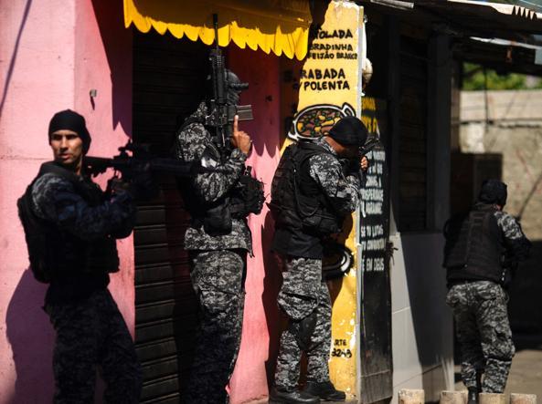 Rio de Janeiro, massacro nella favela. Nel raid anti-narcos almeno 25 morti