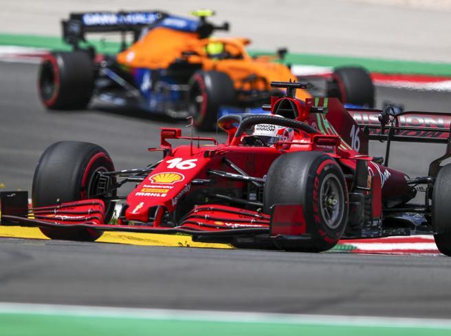 Gp Barcellona F1, l'analisi tecnica: Ferrari vuole dimezzare il gap. Red Bull favorita su Mercedes (che ha timori per le gomme)