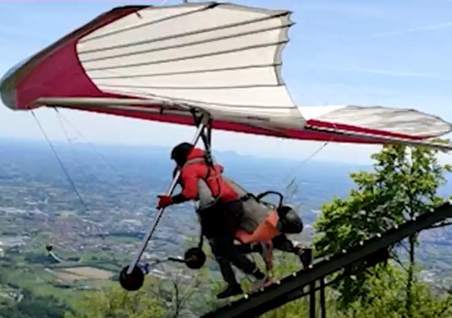 Incidente in deltaplano a Treviso, il racconto di Eva: «Il lancio, lo stacco e Federico è volato giù»