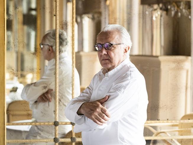 Alain Ducasse: «Cari chef, per sopravvivere dobbiamo cambiare»
