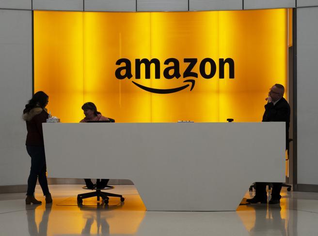 Pentagono, stop al progetto cloud: lo scontro Amazon-Microsoft e la lite su Jedi