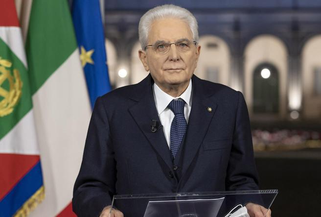 Offese a Mattarella sui social: tra gli undici indagati anche un docente universitario