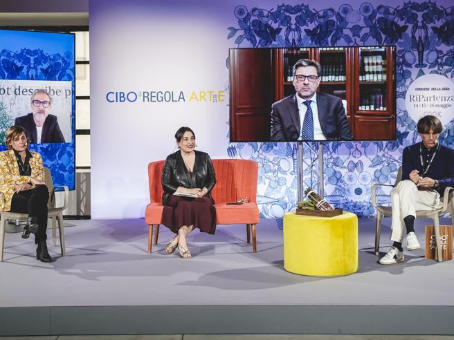 Il ministro Giorgetti: «Subito un tavolo per salvare i ristoranti italiani dai fondi stranieri»