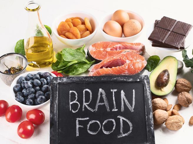 La dieta del cervello, i menu per migliorare la concentrazione e contro stress e ansia