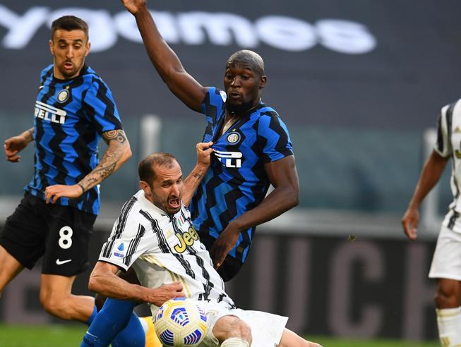 Juventus-Inter: regole stravolte, il calcio merita più rispetto