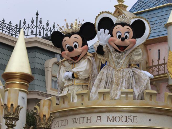Disneyland Resort, il panino ispirato ai super eroi costa quasi 100 dollari