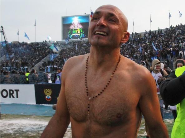 Spalletti dopo la vittoria del campionato russo con lo Zenit San Pietroburgo nel 2010 (Ap)