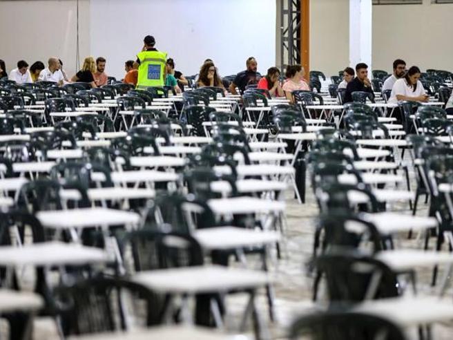 Concorso Sud, 1 su 3 non si presenta: «riammessi» 70 mila candidati