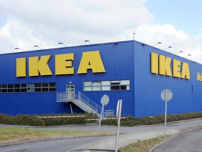 Ikea, 1 milione di multa in Francia per avere spiato i dipendenti