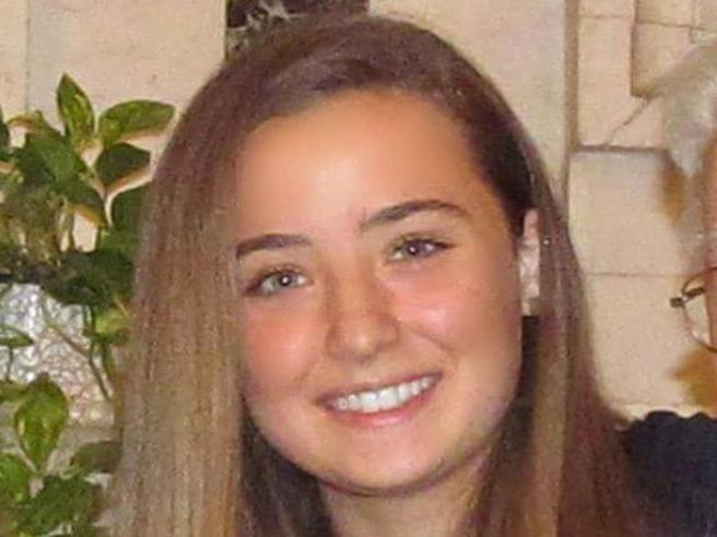 Camilla Canepa, l'autopsia: «È morta per emorragia cerebrale»