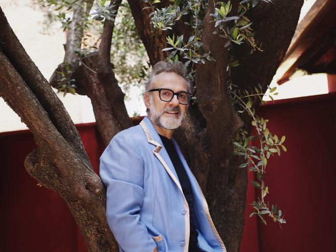 Massimo Bottura al «Cavallino», il nuovo volto rosso del ristorante Ferrari di Maranello