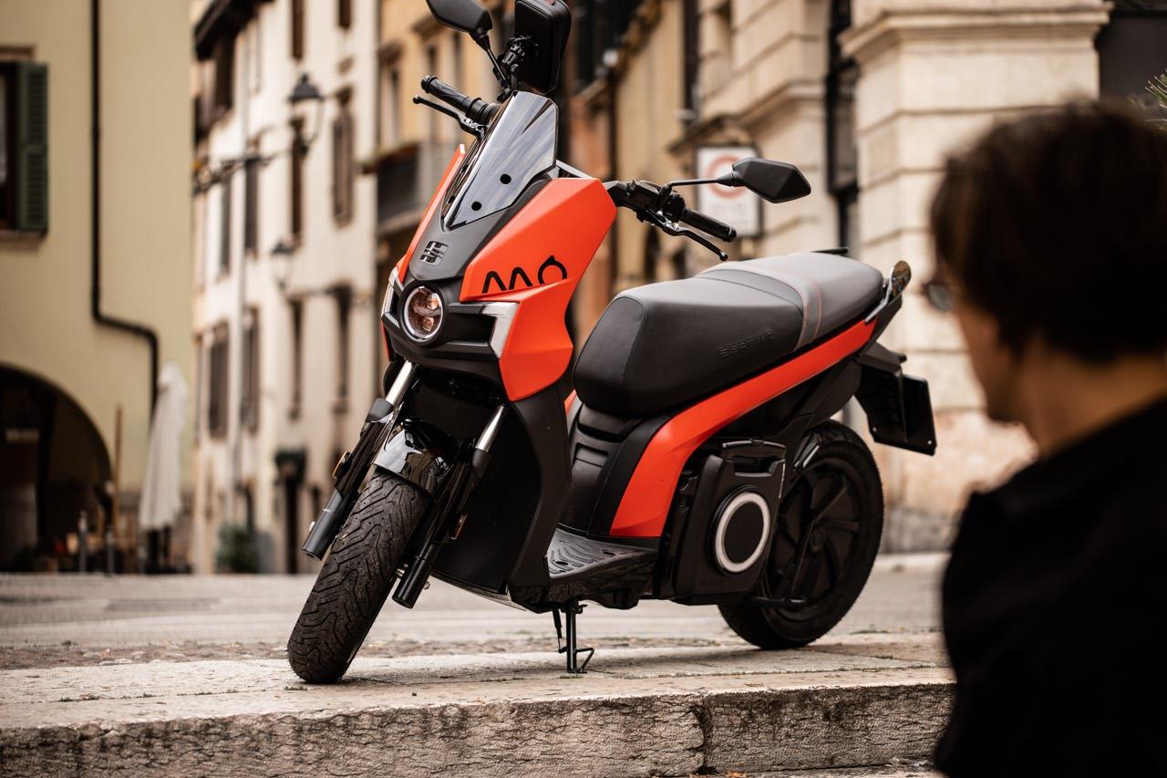 Seat Mò, el scooter eléctrico 125, 137 km de autonomía con 1 euro