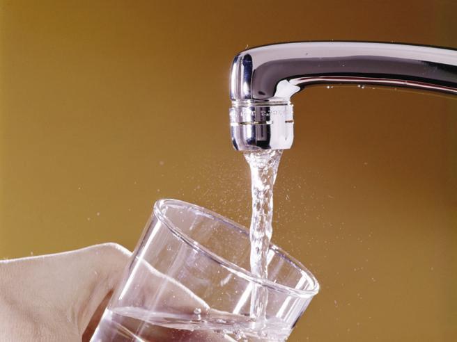 Bonus acqua potabile, come ottenere lo sconto e chi ne ha diritto: la guida
