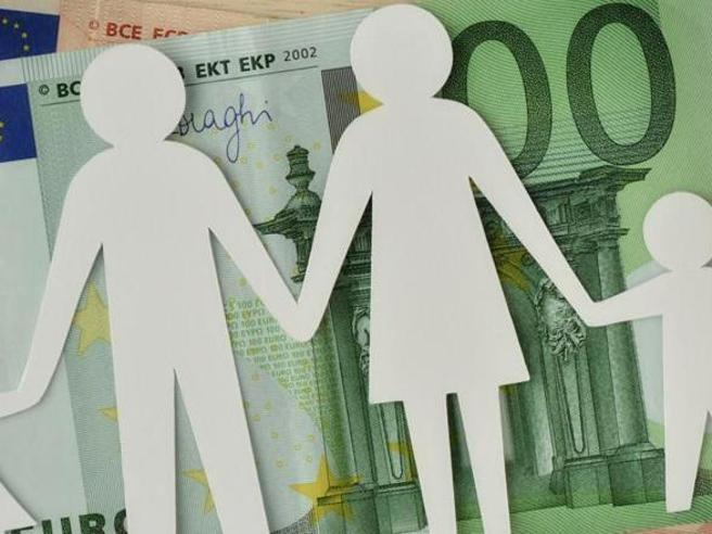 Assegno unico figli, via da luglio: domanda (semplificata), in media 962 euro a famiglia