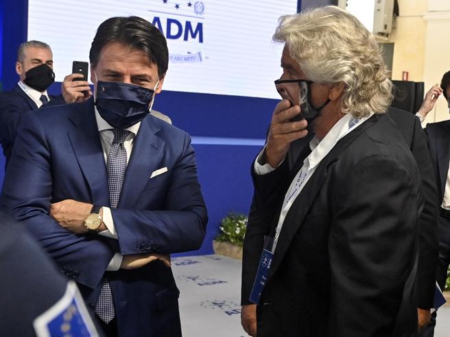 Grillo non vuole concedere il simbolo a Conte (che ora minaccia di fondare un partito suo)