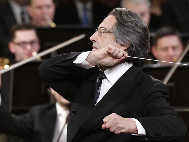 Riccardo Muti: «Mi sono stancato della vita. I direttori gesticolano e studiano poco»