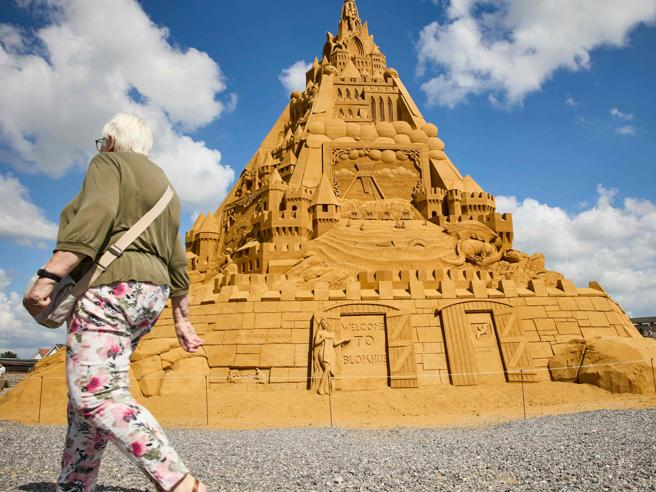 Danimarca, ecco il castello di sabbia più alto del mondo