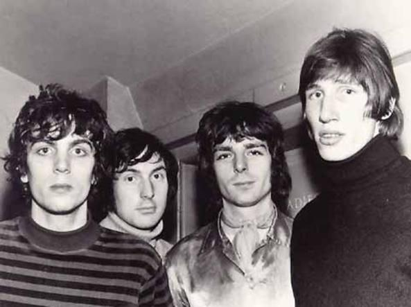 Syd Barrett moriva 15 anni fa: dall'Lsd dato al gatto alla malattia, 5 cose che non sapete sul genio folle dei Pink Floyd