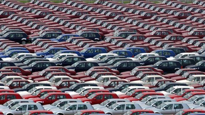 Incentivi auto, si riparte: chi ne ha diritto e quali modelli si possono comprare