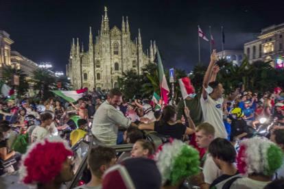 Europei, notte di festa  nelle piazze d'Italia