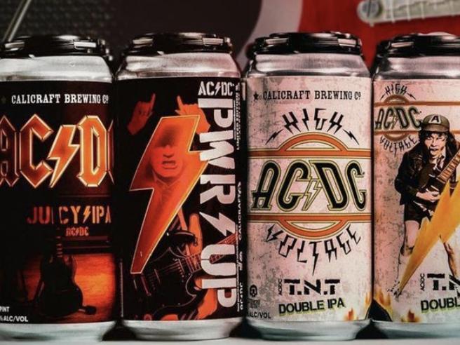 AC/DC, nasce la birra per rocker, le lattine firmate dalla band